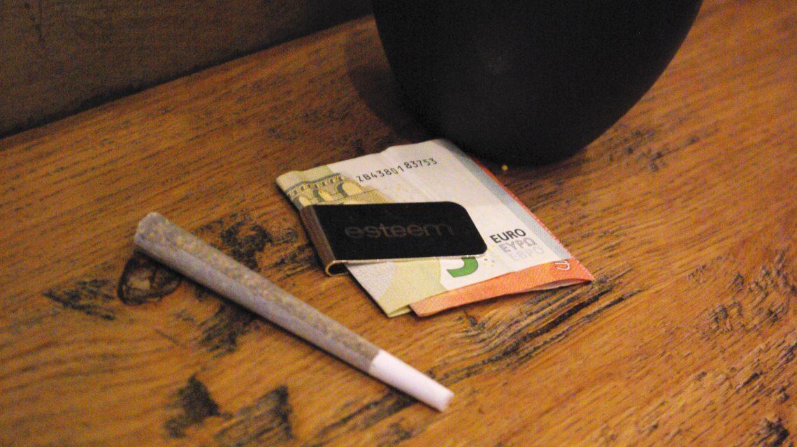 esteem trip amsterdam photo blog coffeeshop marihuana